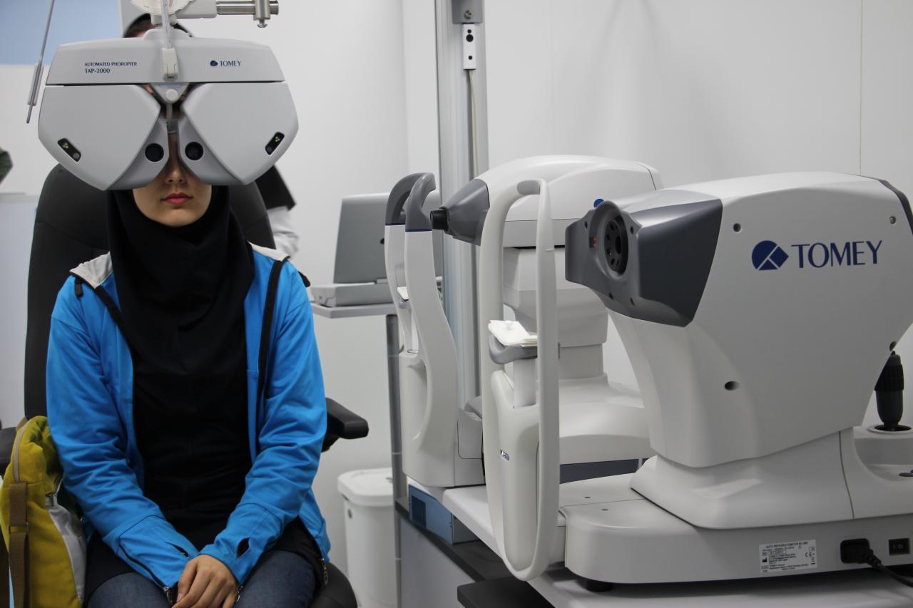 مستشفى بينا التخصصية لطب العيون في مدينة مشهد